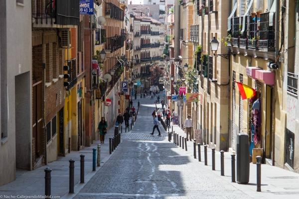 Calle-del-Amparo-Callejeando-Madrid1-e1410116114112