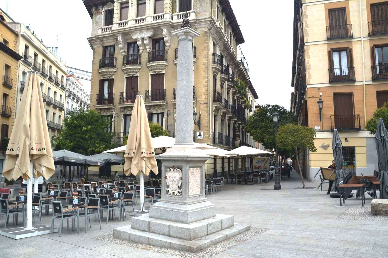 Plaza-de-Ramales-11